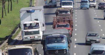 Governo quer trocar diesel por gás nos caminhões