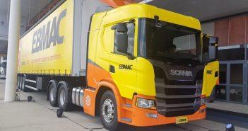 Caminhão conectado é destaque em evento de logística