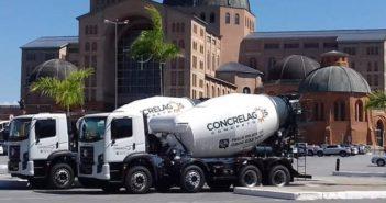 Concrelagos compra 35 caminhões Constellation 26.260 8×4